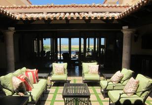 Golf villa courtyard