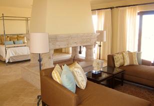 Golf villa master bedroom suite
